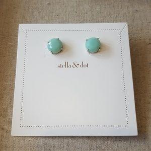 Stella and dot mint quartz studs